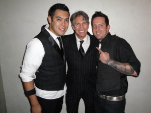 PHOTO CAPTION (Left to Right): Vince Casas, lead guitarist of Theory of Flight, actor andHMMA presenter Eric Roberts, and Beau Hodges, lead singer of Theory of Flight at the HMMAs, held on November, 19 at The Highlands within the Kodak Theater Complex in Hollywood (Photo Credit: www.mgstudio.com)